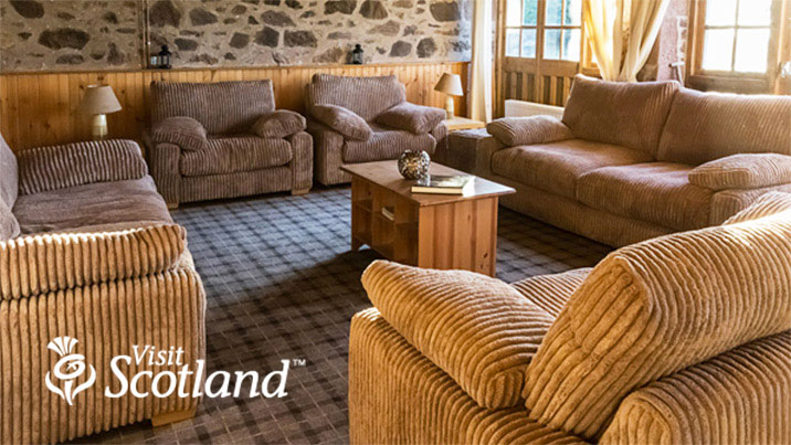 Lodge-at-Lochside-Comfortable-Stay-VS-logo